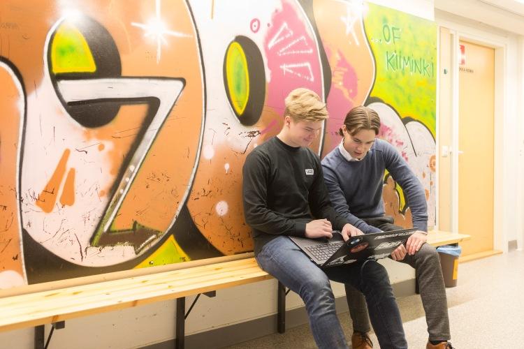 Kiimingin lukio, Pekka Alatalo ja Niko Pelkonen